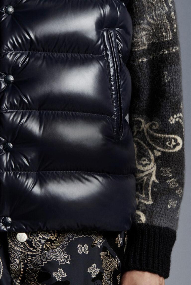 A detail of the Moncler Bandana Brink short down jacket