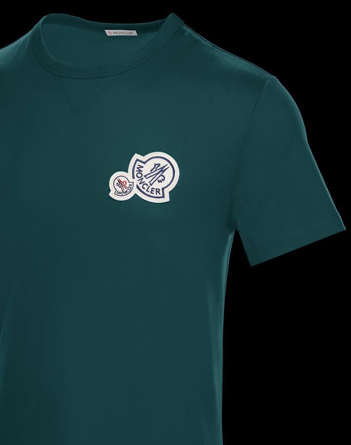 Moncler T-shirt with logo on chest Jungle Green
