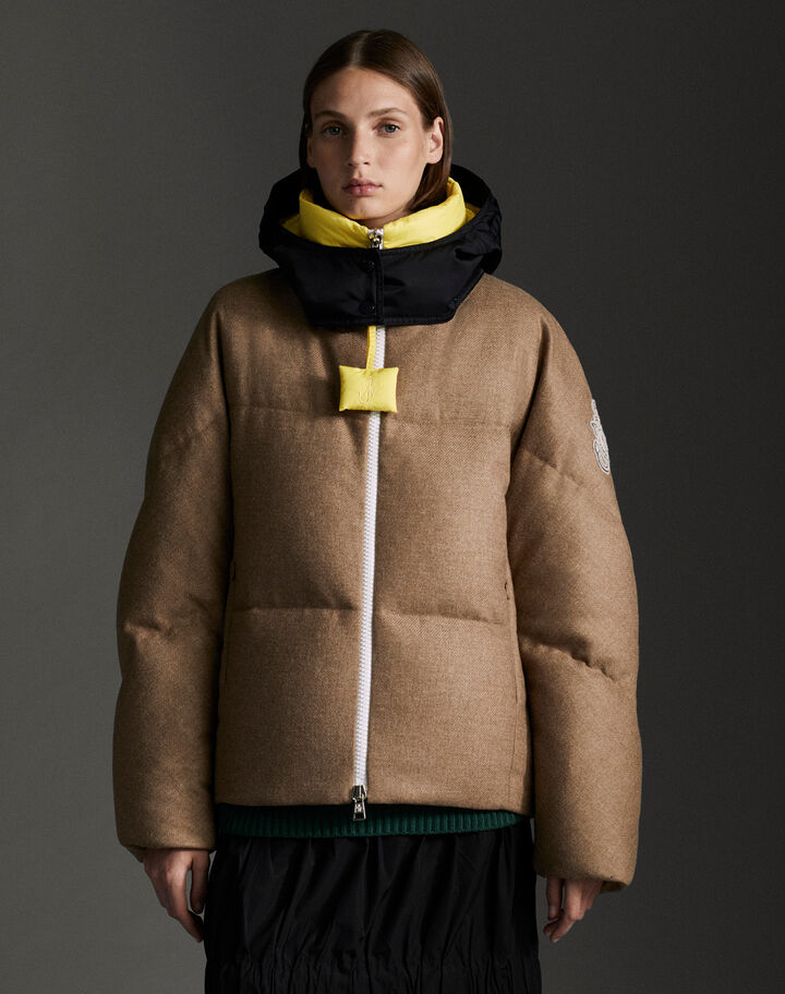 Moncler Stonory Camel Beige