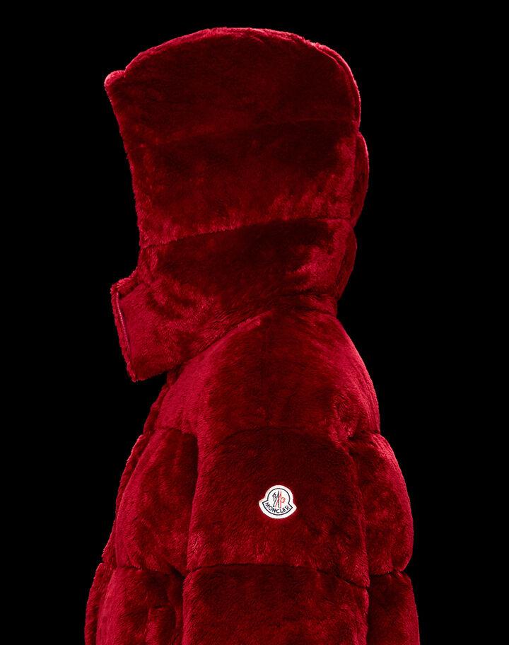 Moncler Daos Garnet Red
