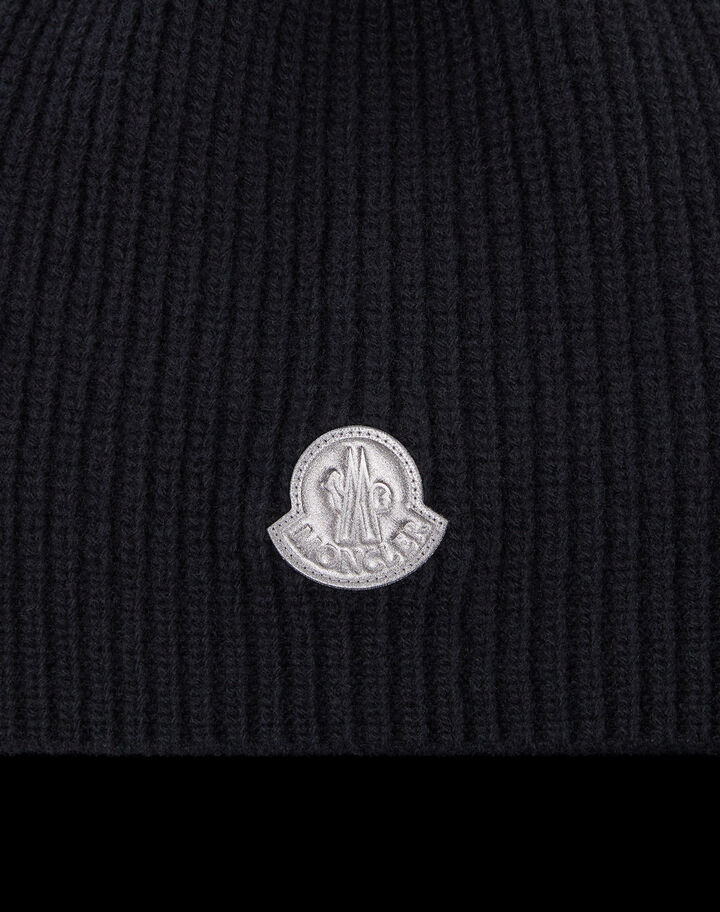 Moncler Wool beanie with logo Black
