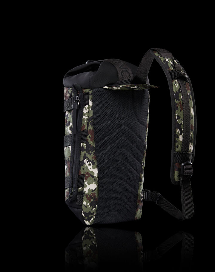 Moncler Argens Camouflage Green/White/Black