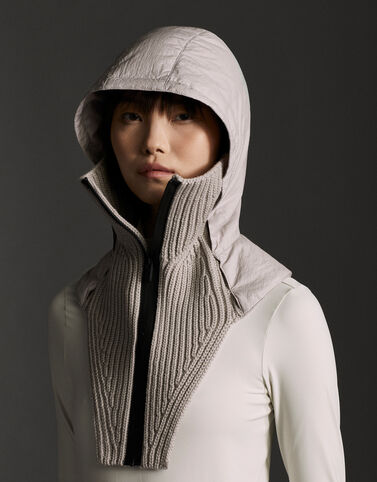 Moncler Collar in wool and nylon Melange Light Gray