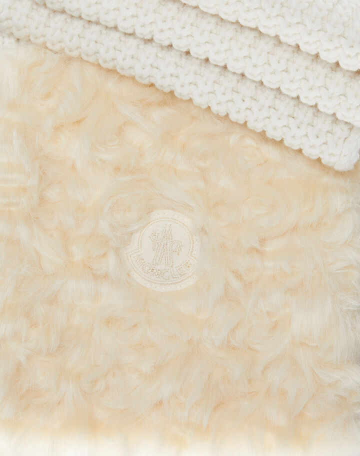 Moncler Cashmere-blend scarf Silk White