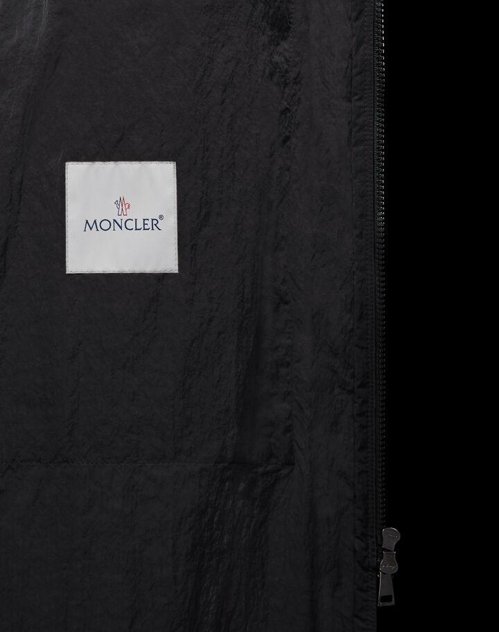 Moncler Zinzolin 블랙