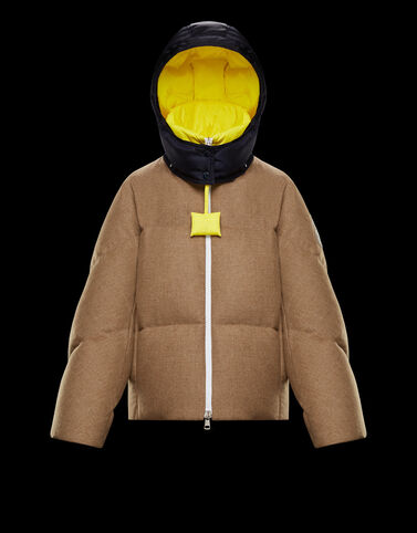 Moncler Stonory 카멜 베이지