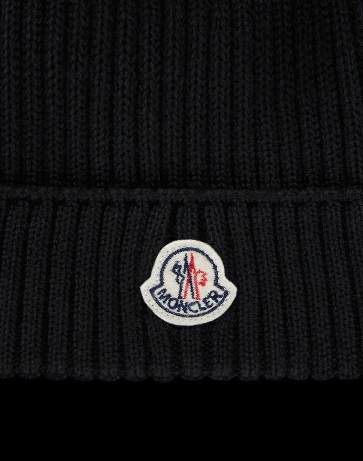 Moncler Beanie with logo Black
