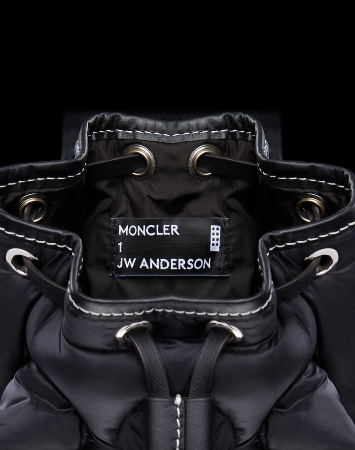 Moncler Critter Black
