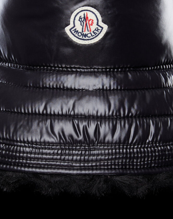 Moncler Bucket hat Black